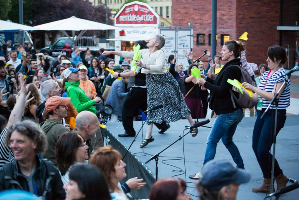 Victoria Fringe 2015 Janis and the airplane toss