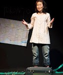 Suitcase Stories by Maki Yi. Uno Fest May 2015.